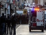R 00004000 Eport: Paris Suspect May Have 'chickened Out'