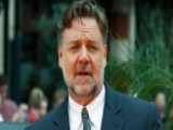 Russell Crowe Holds A Divorce Auction