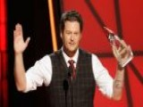 Shelton Upsets Swift With CMA Win