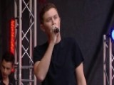 Scotty McCreery Performs 'Southern Belle'