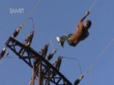 Syrian Men Risks Their Lives To Repair High-voltage Wires