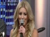 Stephanie Quayle Performs 'Drinking With Dolly'