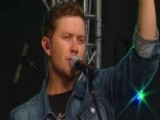 Scotty McCreery Performs 'This Is It'