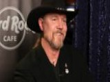 Trace Adkins Takes On Love Songs