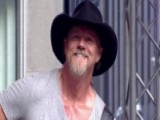 Trace Adkins Performs 'There's A Girl In Texas'