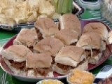 Tasty Tailgate Tips For The Perfect Football Party