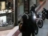 Video: Jewelry Heist At Mall