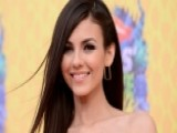 Victoria Justice Set To Co-host The Teen Choice Awards