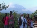 Volcano Eruption Fears Spark Evacuation On Island Of Bali 00004000