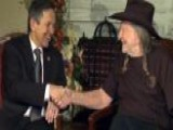 Willie Nelson Campaigns For Dennis Kucinich
