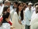 Celebrities Attend Mona Kapoor's FUNERAL