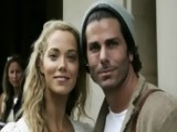 Elizabeth Berkley Expecting First Child