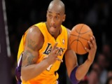 Lakers Squeeze Past Hornets