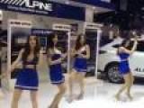 Hilariously Awful Dancing Models