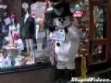 Snowman Prank Scares Customers