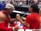 Arm Wrestler Takes Selfie During Match