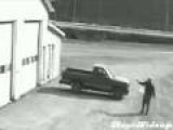 Inept Thief Flubs Truck Theft