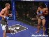 Anthony Pettis Amazing Flying Kick