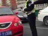 Chinese Police Attempt To Stop Aggressive Driver