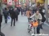 Street Dancing In Japan